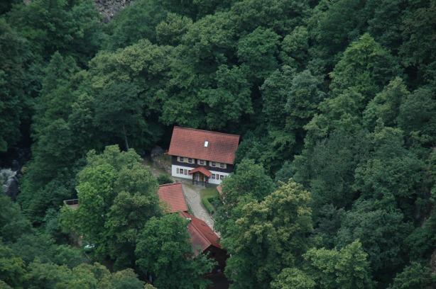 roadhouse-1503283_1920